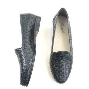 Vintage Trotters Shoes Womens 7 Loafer Black Woven